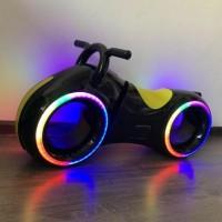 Беговел  DB002 Trolley с музыкой и с светом чёрный
